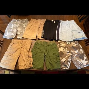 7 pairs boys shorts crazy 8 Cherokee 4T